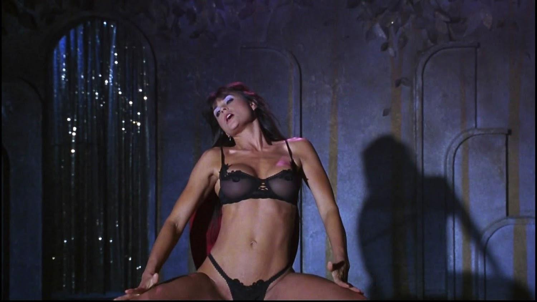 guys suck girls pussy dry