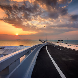 Sunrise - 2nd Penang Bridge by Nixȫn Ɲixon - Buildings & Architecture Bridges & Suspended Structures ( sunset, penang, malaysia, sunrise, bridge,  )