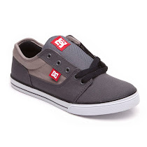 DC Lightweight Canvas Trainer TRAINER