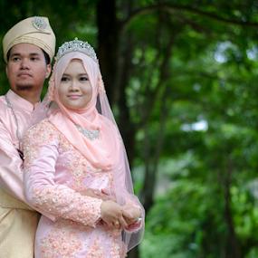 See It Now by Iz Fotografi Art Works - Wedding Bride & Groom ( malay wedding, melayu, majlis perkahwinan melayu, mir, fotodigitalizmir, outdoor, izfotografi, malay, malaysia, tun izmir, izmir )