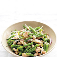 Green and White Bean Salad with Tuna