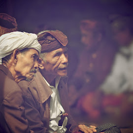 ADAT SASAK by De'fan Tembaya - People Portraits of Men