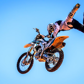 No Fear by Theo Wolmarans - Sports & Fitness Motorsports ( xfighters.redbull, extreme, fmx, no fear )