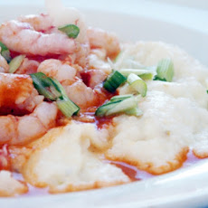 Shrimp and Grits -- Southern Style