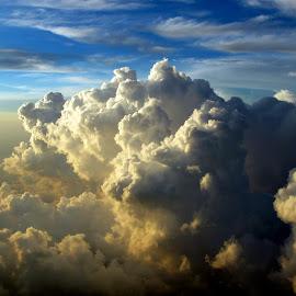 Sunset Cumulus by Ken Stringer - Landscapes Cloud Formations ( cloud formations, clouds, cumulus, skyline, sky, weather, cloudscape, cloudy )