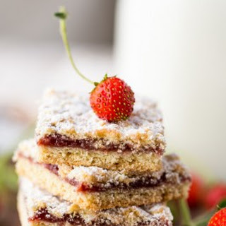 Strawberry Cookie Bars (Tertiy Pirog)