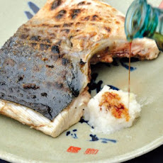 Charcoal-Grilled Yellowtail Collar Recipe