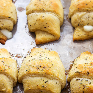 Cheesy Garlic Butter Crescents