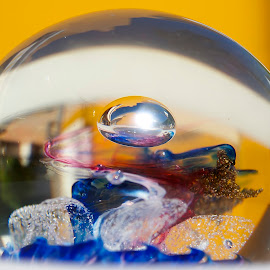 by James Blyth Currie - Artistic Objects Glass