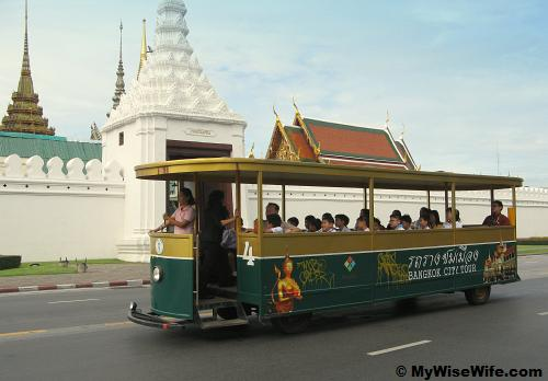 Tram spotted - behind are the buildings in Grand Palace
