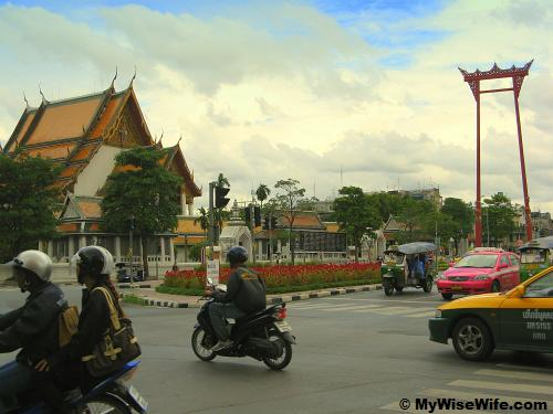 Wat Suthat (left) and red Giant Swing (right)