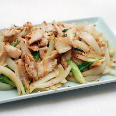 Easy Stir-Fried Chicken With Ginger and Scallions
