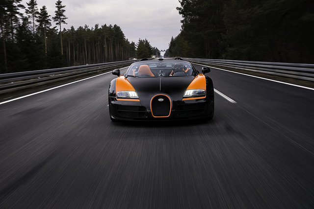 Bugatti 16.4 Veyron Grand Sport Vitesse