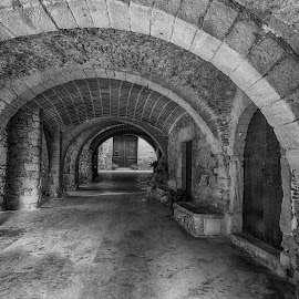 Peretallada by Liam Coburn Dunne - Buildings & Architecture Other Exteriors ( nikon 24-70, peretallada, passage, brick, nikon d800, arches, medievil, bracked, black&white )