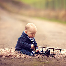 Harrison by Claire Conybeare - Chinchilla Photography - Babies & Children Babies