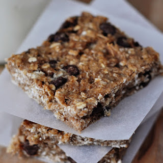 Healthy Banana Oat Snack Bars