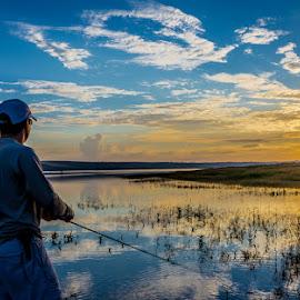 Pescando by Tony Saad - Sports & Fitness Other Sports ( brazil, sunset, sunrise, fishing, fisherman, fishing boat, brasil,  )