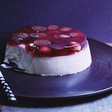 Yogurt and Brown-Sugar Panna Cotta with Grape Gelée