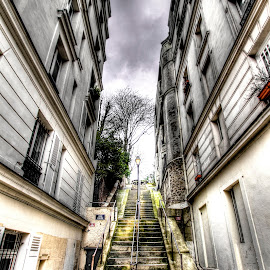 Paris - Montmartre by Ben Hodges - City,  Street & Park  Neighborhoods ( paris, europe, hdr, green, montmartre, france, steps, travel )