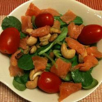 Lamb's Lettuce And Smoked Salmon Salad