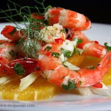 Fennel and Orange Salad Topped With Prawns / Shrimp