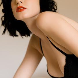 Iveta - boudoir by Barrie Spence - Nudes & Boudoir Boudoir ( models, natural light, iveta niklova, lingerie, boudoir )