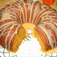 Pumpkin Raisin Spice Bundt Cake