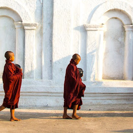 Off to find breakfast by Mike O'Connor - People Street & Candids ( monks, begging, breakfast, boys, buddhist )