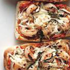 Red Pepper Pesto-and-Shrimp Pizzas
