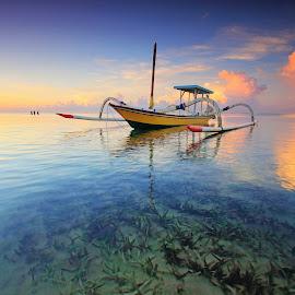 The Boat by Sunan Tara - Transportation Boats ( bali, sand, sanur, seaweed, mertasari, beach, seascape, sunrise, boat, landscape, sun )