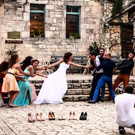 Escape by Dan Hîncea - Wedding Getting Ready