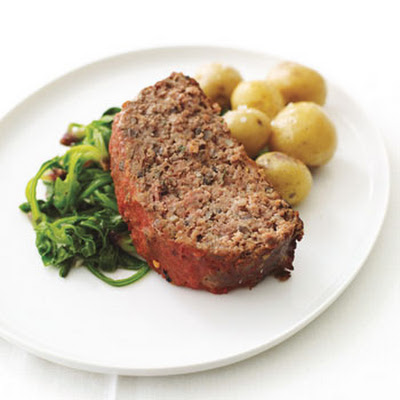 Buffalo Meatloaf with Spinach and Roasted Baby Potatoes