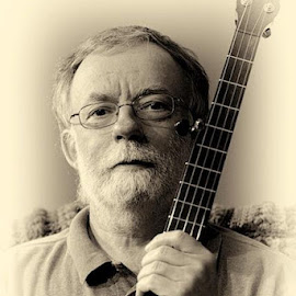 The Romero Banjo by Bill Pope - People Musicians & Entertainers