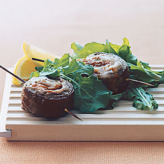 Beef Pinwheels with Arugula Salad