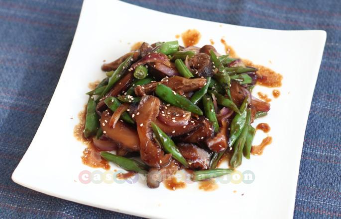 Shiitake Mushrooms And Green Beans With Teriyaki Sauce