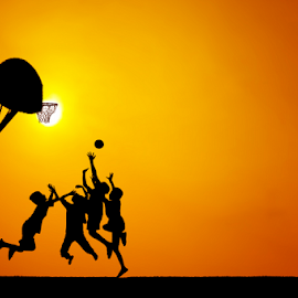 senja ceria by Djeff Act - Babies & Children Children Candids ( basketball, friends, sunset, happy, silhouette, play, children, silhouettes, happiness, goldie, stunning, people )