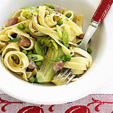 Tagliatelle With Fresh Peas & Bacon