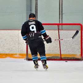 Last post by .. 0027 - Sports & Fitness Ice hockey ( hockey, stick, ice, ice hockey, net, puck, black )