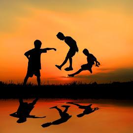 dolan neng sawah meneh by Wartono Kumpulono - Babies & Children Children Candids