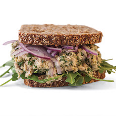 Lemon-Pepper Tuna Sandwich