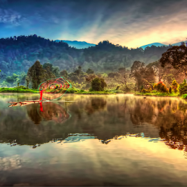 Morning Dew by TEDDY ZUSMA - Landscapes Travel ( mountain, indonesia, indonesia tourism, west java, landscape photography, lake, landscape )