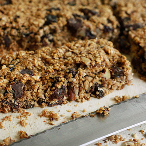 Low Fat Chewy Granola Bars with Pecans Raisins and Chocolate