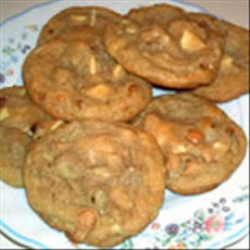 V's White Chocolate Macadamia Cookies