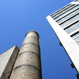 smoke stack by Eric Rainbeau - Buildings & Architecture Other Exteriors ( smoke stack, brick, nyc, warehouse, rainbeau )
