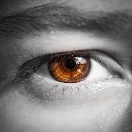 Eye by Alexander Dedelyanov - People Body Parts ( canon, tone, no, white, close up, dslr, and, macro, photohgraphy, color, split, black, eye )