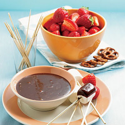 Microwave Chocolate Fondue