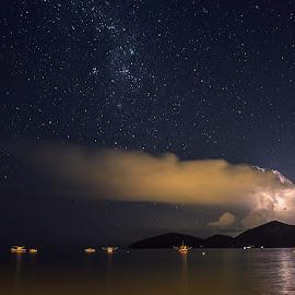 .... by Matheus Dalmazzo - News & Events Weather & Storms ( ubatuba, lightning, stars, sea, beach, boat, storm, rain )