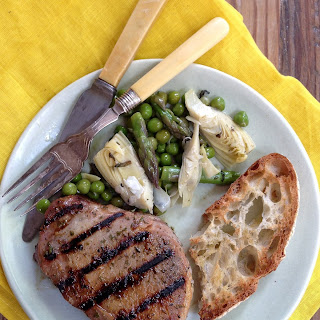 Easy Rosemary-Rubbed Pork Chops