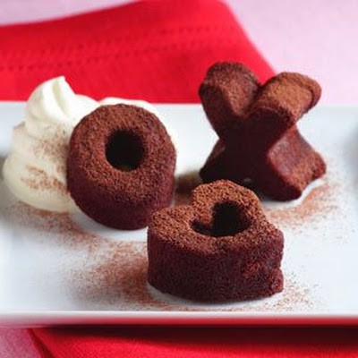 Mini Chocolate Heart, X and O Cakes