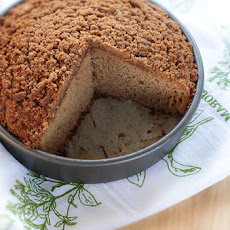 Applesauce Crumb Cake with Cinnamon